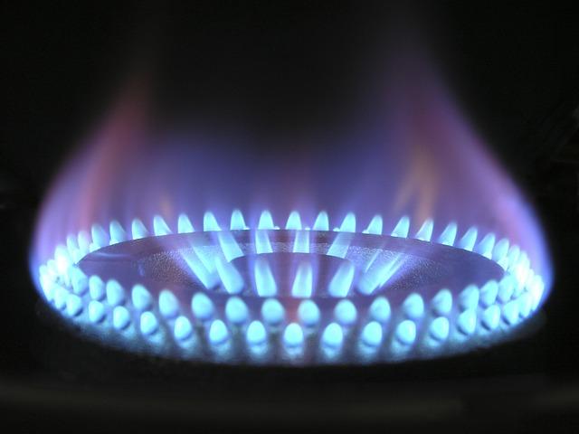 Piec gazowy do ogrzewania domu serwis iraz montaż